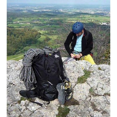 Imagen 1 de Hans-Günther sobre The North Face - Cinder Pack 40 - Mochila de escalada